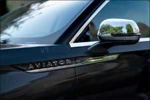 Help Your Lincoln's Paint Pop from Garage Grunge to Showroom Finish