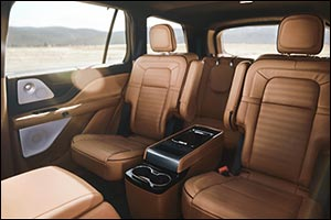 Lincoln Aviator Can Elevate Your Private Screenings with VIP Drive-in Movie Under the Stars Credenti ...
