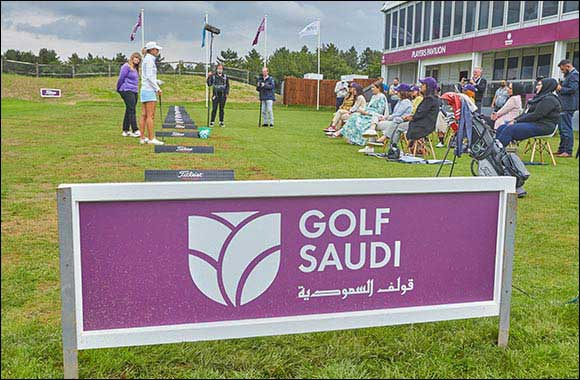 Golf Saudi Ambassador Camilla Lennarth Gives A Special Clinic For Female Players From The Muslim Golf Association