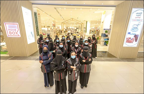 Home Box Opens its First All-Female Team Retail Outlet in KSA